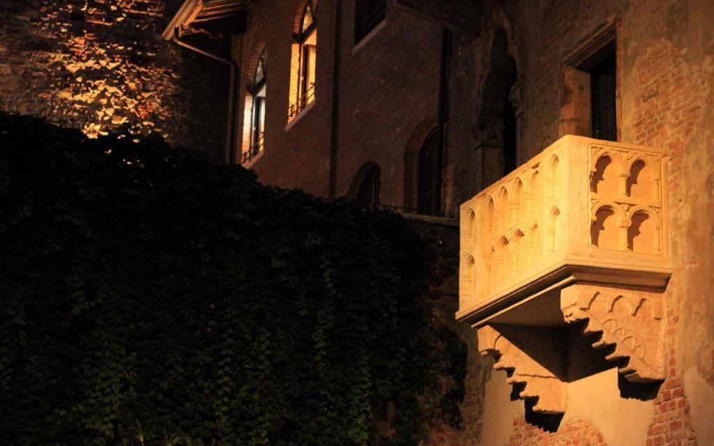 balcone-di-romeo-e-giulietta-a-verona