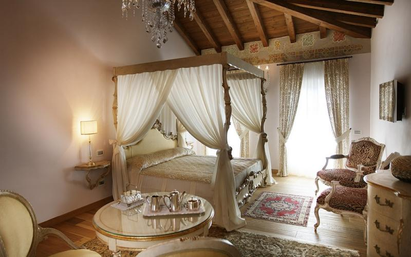 Luxury Precious