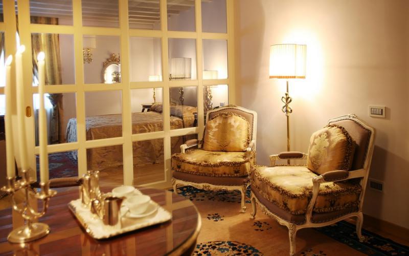 Romantic Luxury